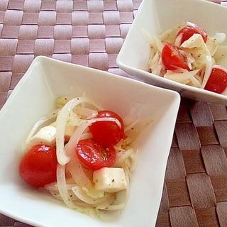 簡単!ミニトマトとモッツァレラチーズのサラダ