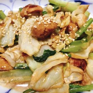 鶏むね肉とキャベツと小松菜のオイスターマヨ炒め