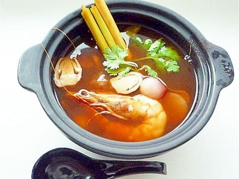 本格タイ料理 トムヤムクン