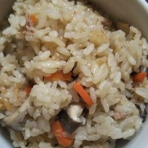 めんつゆで簡単♪ツナときのこの炊き込みご飯