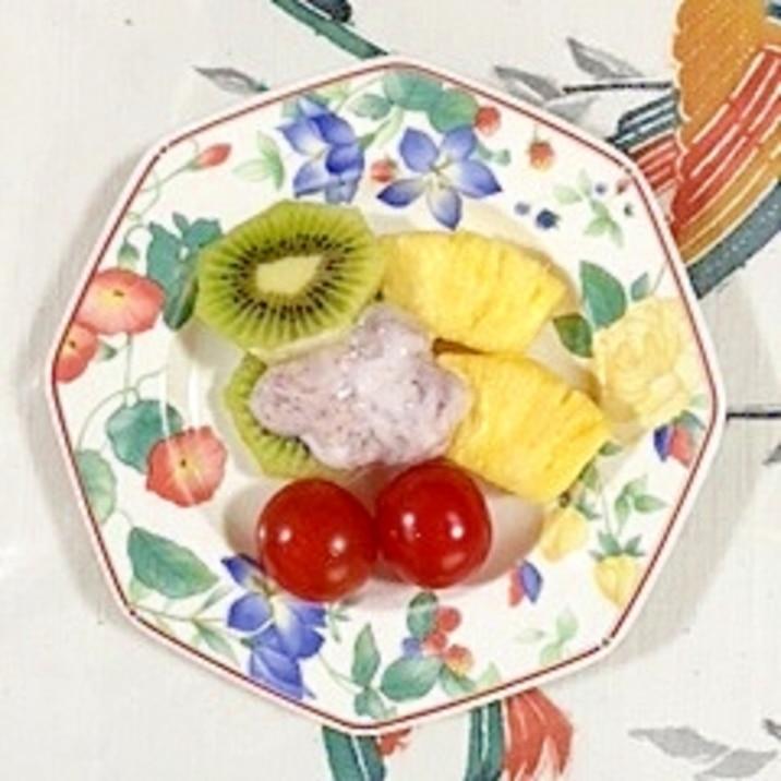 パインとキウイのデザートサラダ