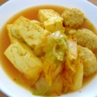 白菜のキムチ漬けを使って☆超簡単!キムチ豆腐鍋♪