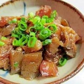 コラーゲンたっぷり、牛スジ肉の煮込み