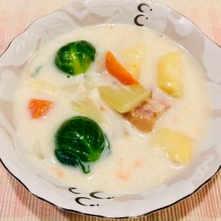 やさしい味(^。^)芽キャベツのクリームスープ