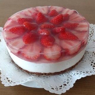 2層のいちごレアチーズケーキ