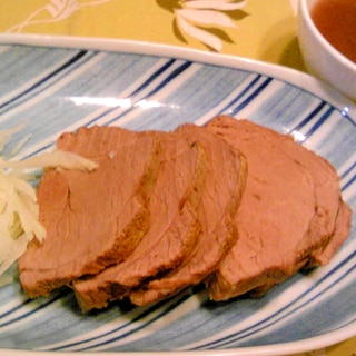 猪肉でローストビーフ風
