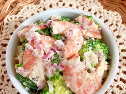 簡単デパデリ♪エビ&ブロッコリーのサラダ♡