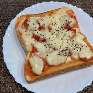 朝食に♪トマトチーズトースト