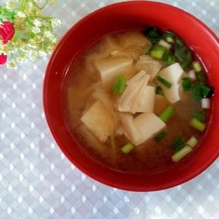 素朴♩豆腐えのきお揚げの味噌汁