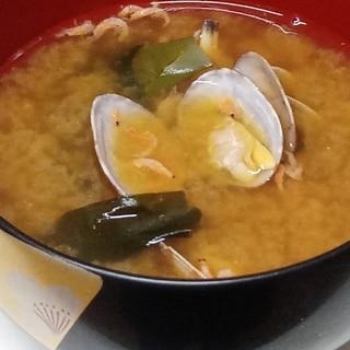 あさりとあみえびのお味噌汁