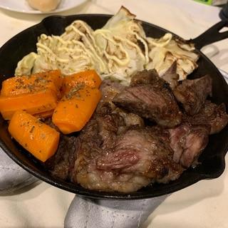 【アラサーおつまみ】キャンプ飯風ステーキ