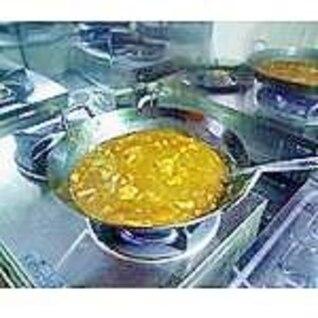 薬膳カレー(中華鍋)。
