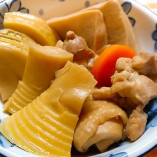タケノコと高野豆腐と鶏肉の煮物