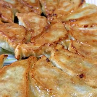 楽しみ方色々!食卓の定番「餃子」を美味しくアレンジするレシピ