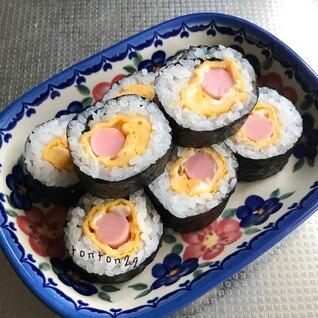 卵と魚肉ソーセージの巻き寿司