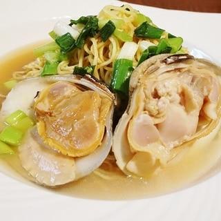 おうち麺亭、ホンビノス貝と九条葱油らーめん