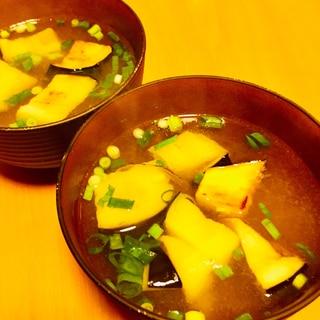 揚げ茄子のお味噌汁★米ナスを使って