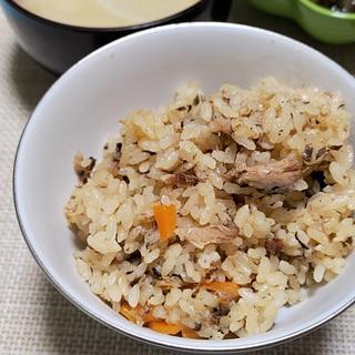 [3合炊き炊飯器]鰯缶の炊き込みご飯