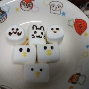 マシュマロひよこのカップケーキ