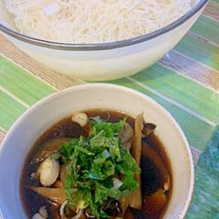 簡単!具沢山、茄子・豚肉・舞茸麺つゆDE素麺