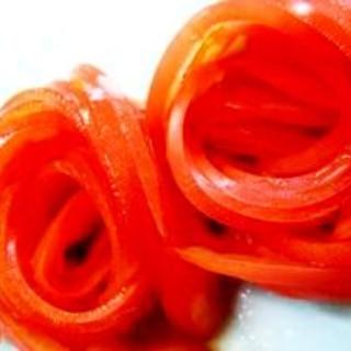 トマト半分で華麗に!薔薇トマト