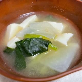 小松菜とカブの味噌汁