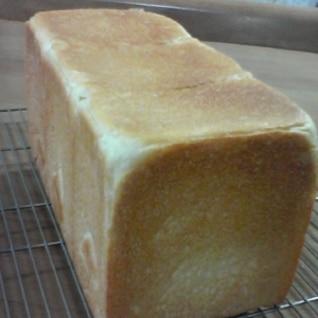 くちどけがいいんです! 毎日の角食パン (2斤)