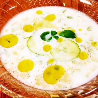 簡単!美肌効果★トルコの冷製スープ「ジャジュック」