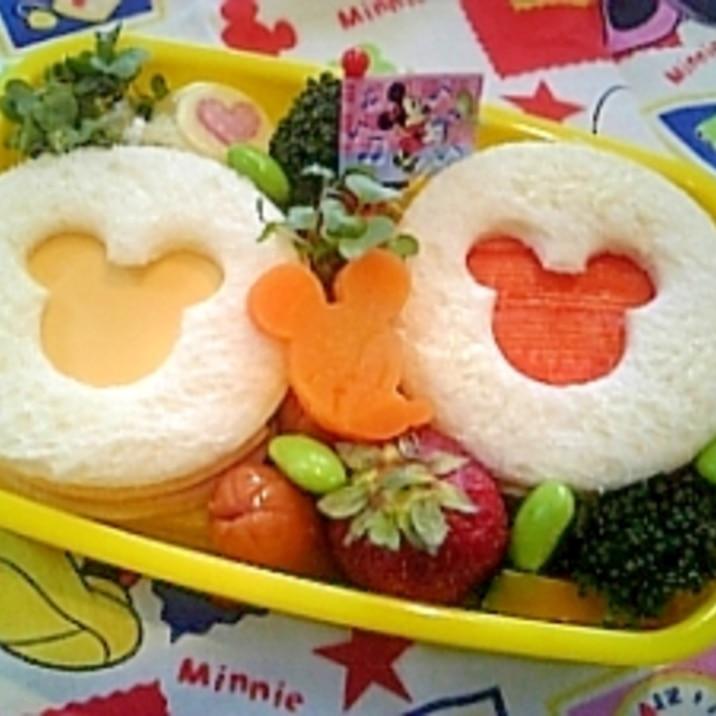 簡単キャラ弁☆ミッキーサンドイッチのお弁当♪