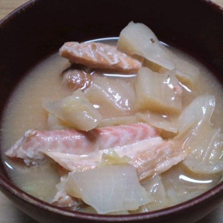 鮭とキャベツのお味噌汁