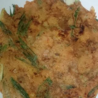 葉にんにくとキムチの海鮮チヂミ