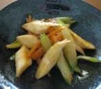 セロリと人参とエリンギのケチャップソース炒め