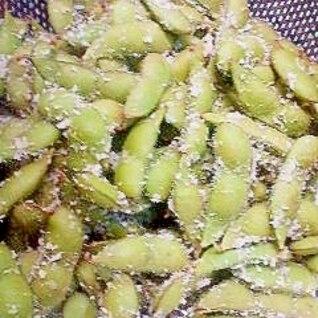 塩麹で枝豆