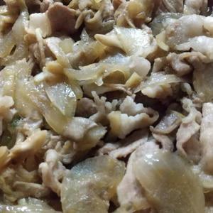 がっつり豚肉と玉ねぎのにんにく醤油スタミナ炒め