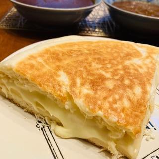 捏ねずに出来る!フライパンでチーズナン