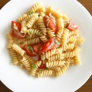 イタリアンパセリとツナとトマトの冷製パスタ