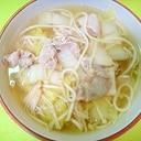 白菜とえのき豚肉のうどん