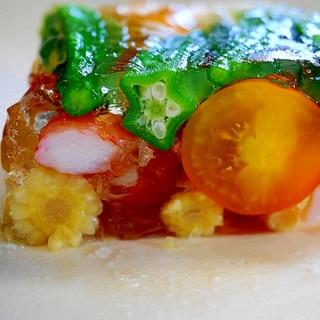 見た目にも涼しい!夏野菜と海老のテリーヌ