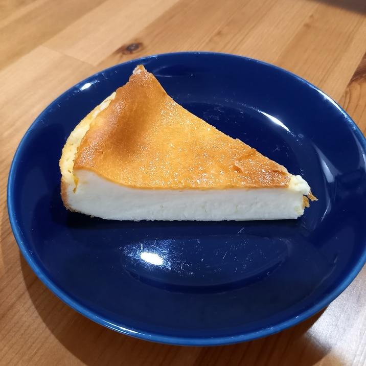 混ぜて焼くだけ本格的チーズケーキ