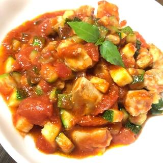 ズッキーニと鶏肉のトマト炒め