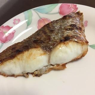 冷凍真鯛のパリパリ塩焼き