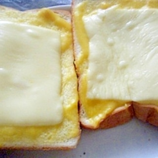 コーンクリームスープ&チーズのせトースト★