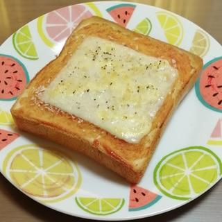 濃厚ソースで!サクサクパン粉トースト
