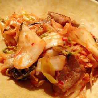 豚レバーとキムチの炒め物