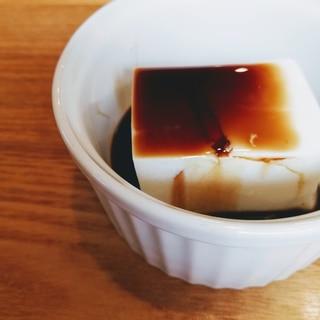 こう見えても豆腐じゃないんです…