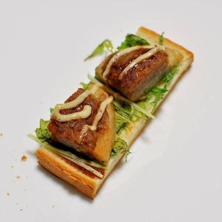 れんこんハンバーグと水菜deトースト