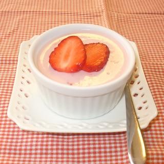 簡単デザート♪いちごのババロア