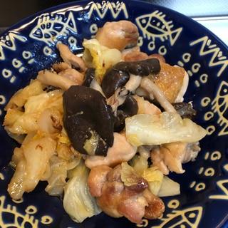 鶏肉とキャベツとヒラタケのガーリックマヨソテー♪