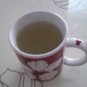 こんぶだしの素で【かんたん昆布茶】