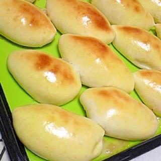 鶏挽肉の焼きピロシキ